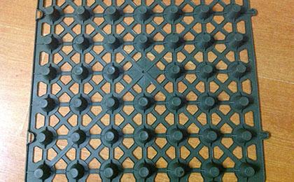 地下室顶板排水板